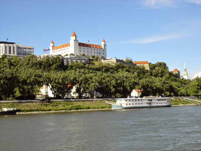 eslováquia capital