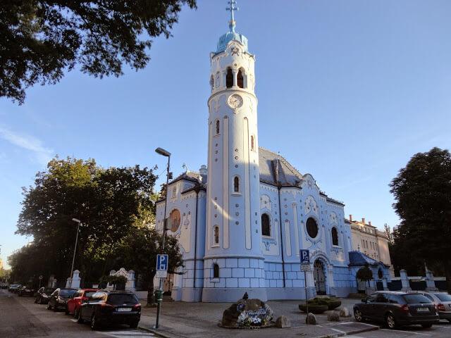 quais são as principais atrações turísticas de Bratislava
