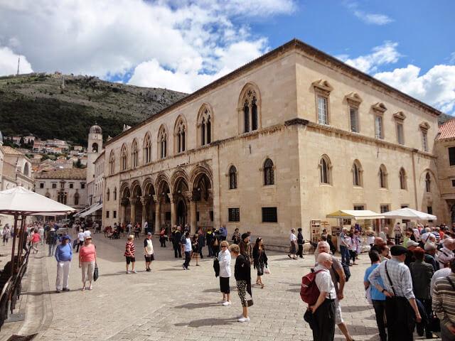 Quais são as principais atrações turísticas de Dubrovnik