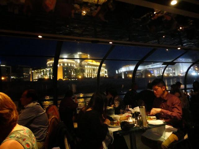 Jantar no Cruzeiro pelo Danúbio