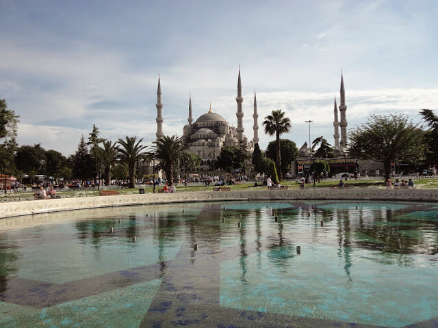 Things to do in Istanbul and what are the main tourist attractions of Istanbul