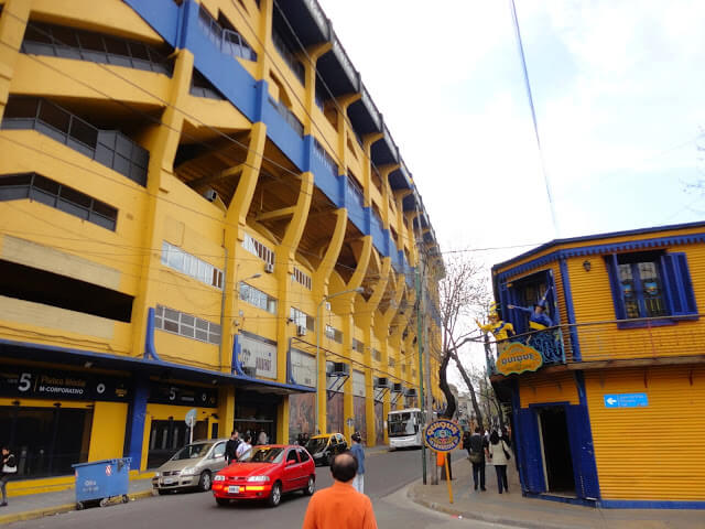 the stadium Boca (The Bombonera)