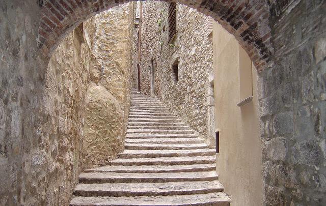 3 cidades medievais para conhecer na Europa