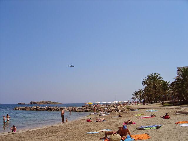O que fazer em Ibiza e quais são as principais atrações turísticas