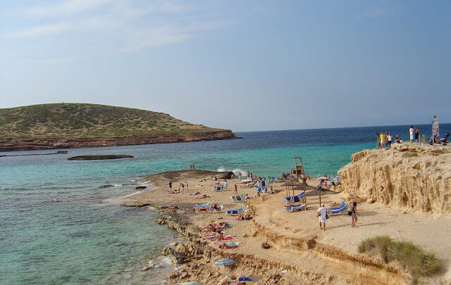 Ibiza a Ilha das Baladas e das Praias Lindas