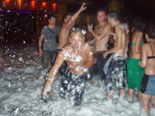 Festa da Espuma em Ibiza