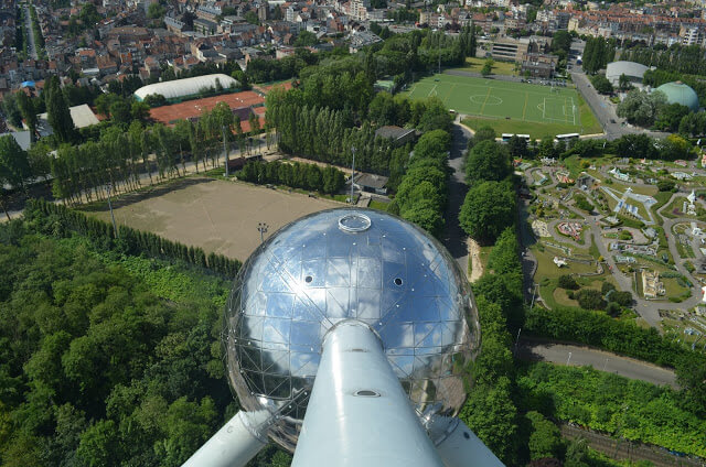 átomo de Bruselas