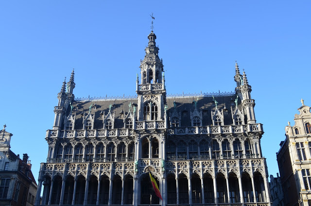 grande place (Grand Place)