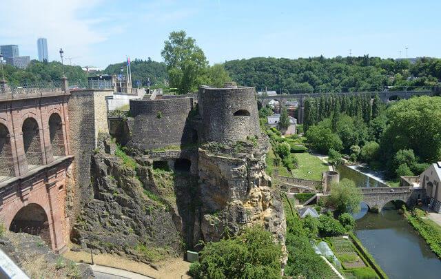 Luxemburgo é um pequeno país Europeu, recheado de história e paisagensespetaculares