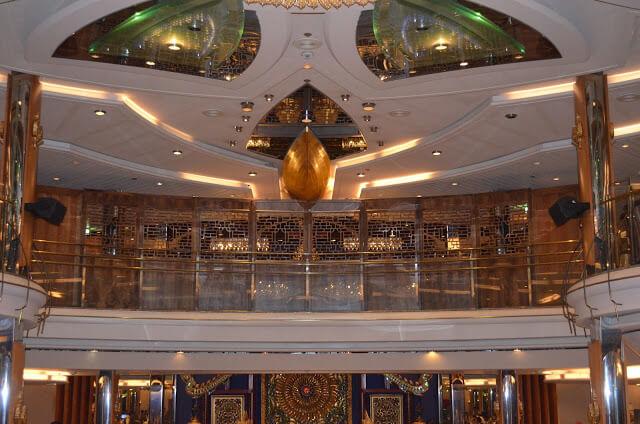Cruise restaurante