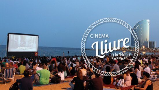 Cinema ao Ar Livre na Praia de Barcelona
