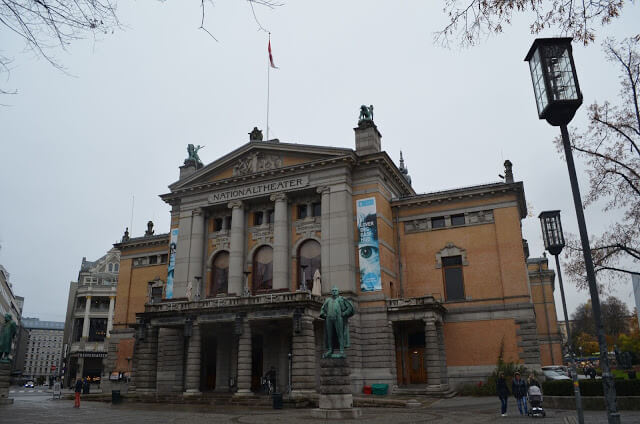 Teatro Nacional (Nationaltheatret)