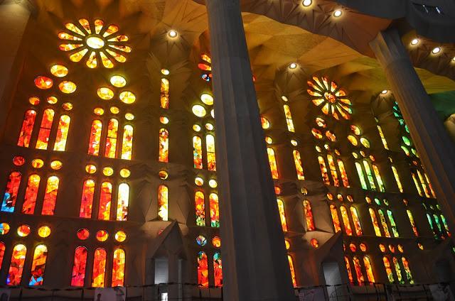 A l'intérieur de la Sagrada Familia