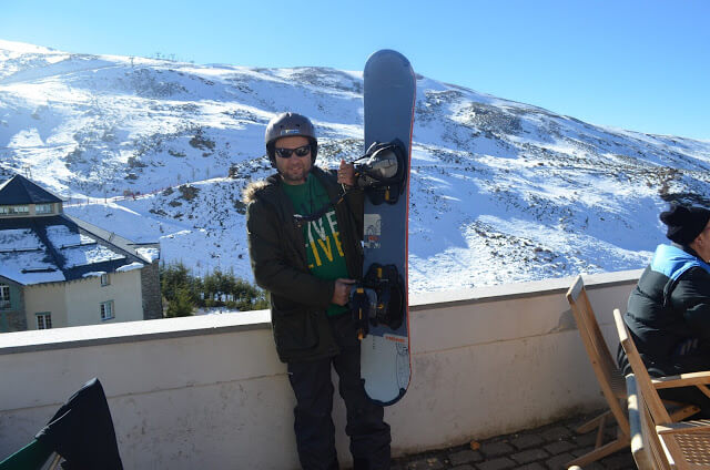 Christian Gutierrez skiing in the Sierra Nevada Ski Station