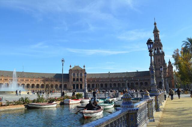 Praça da Espanha em Sevilha