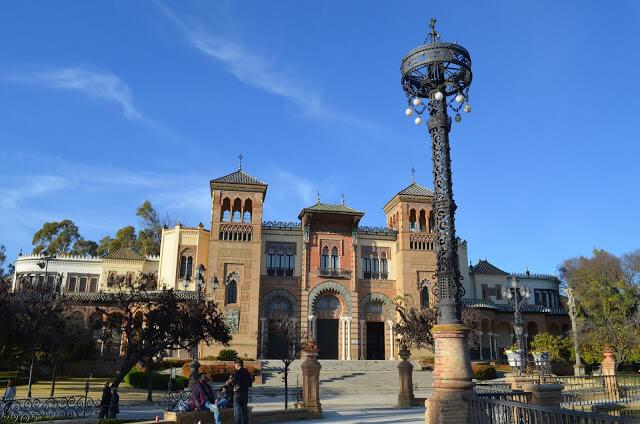 Arts Museum y Popular Siviglia doganale