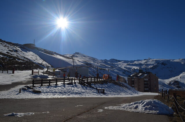 Sol en la estación de esquí de Sierra Nevada