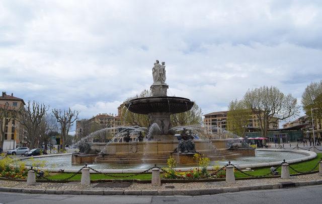 Aix-en-Provence, a cidade das fontes e flores