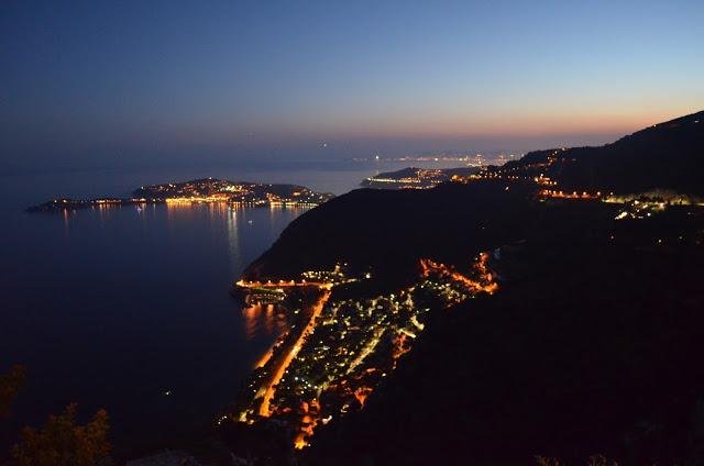 vue nocturne de la Costa Azul