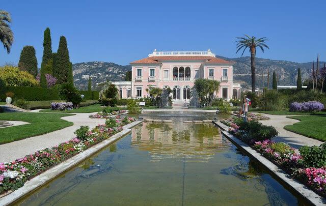 Villa Ephrussi de Rothschild é um dos mais belos palácios em estilo Renascentista da Côte d'Azur (se não for o mais)