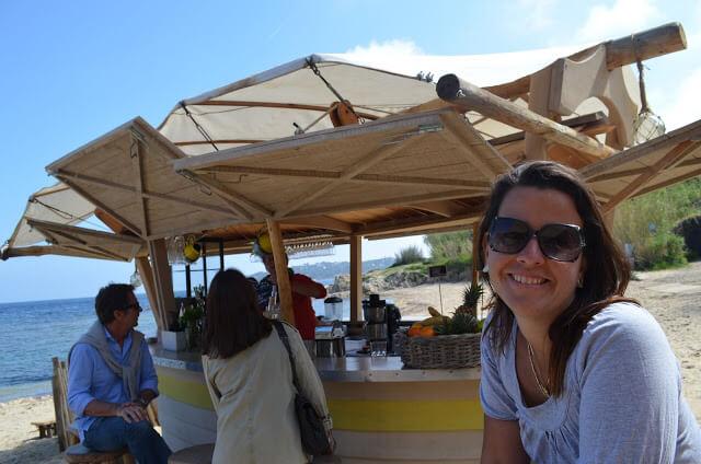 Restaurante na praia de St Tropez