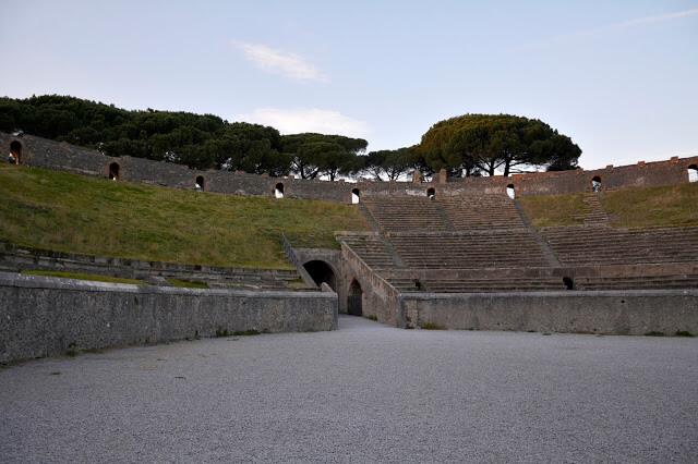 Vrlo posjećeno arheološko nalazište je Erculano