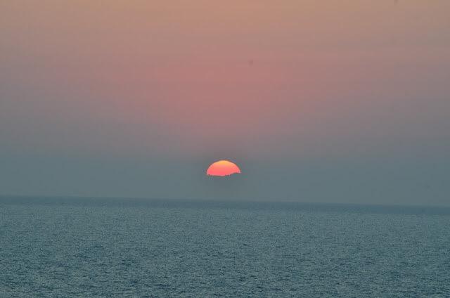 Pôr do sol no mar Egeu