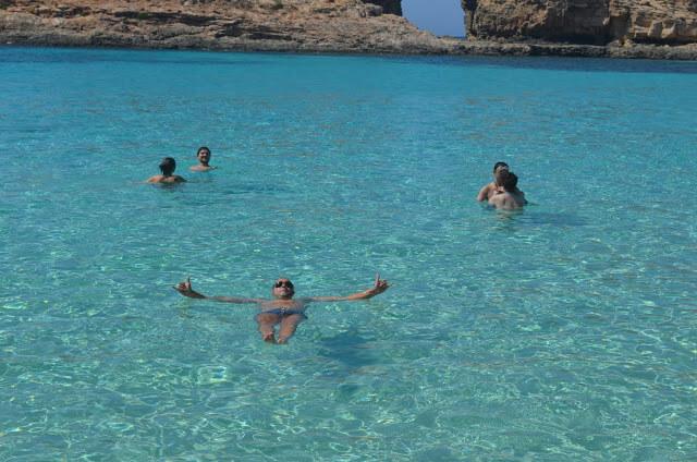 Boiando na águas da Blue Lagoon
