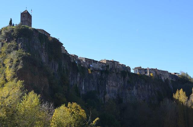 Un charmosa Castellfollit de la Roca