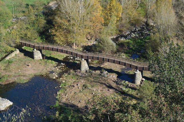 ponte sul fiume Fluviá