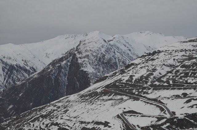 Estrada para chegar na estação de esqui de Baquera-Beret