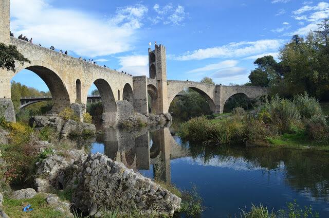 Puente de Besalu