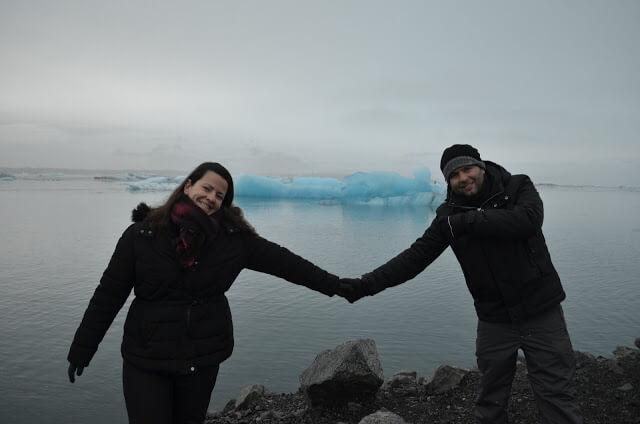 Christian e Priscila Gutierrez em Vík í Mýrdal na Islândia