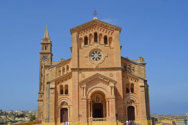 Ta' Pinu é um santuário igreja