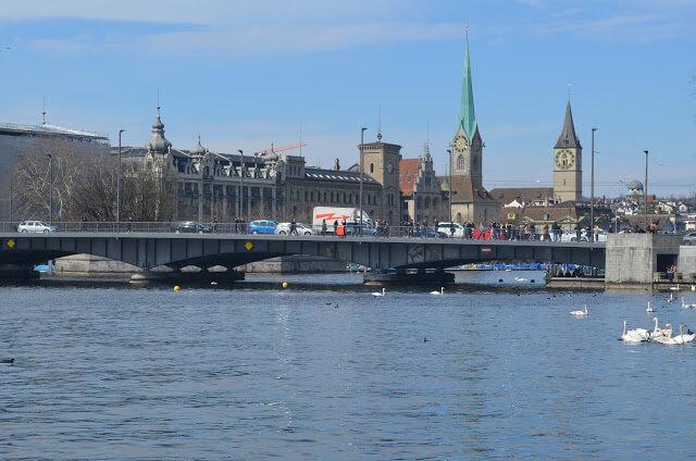 Zurique, Zürich ou Zurich, o centro financeiro da Suíça