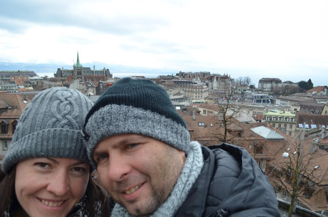 Christian e Priscila Gutierrez no mirante de Lausanne