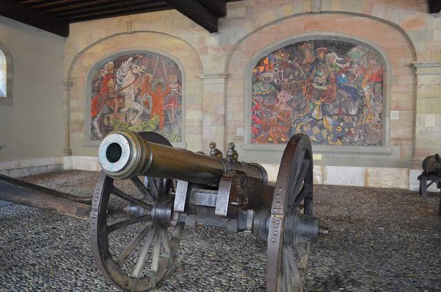antigo arsenal (Ancien arsenal)