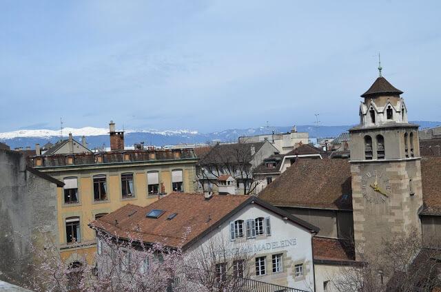 Vista da Catedral de São Pedro de Genebra