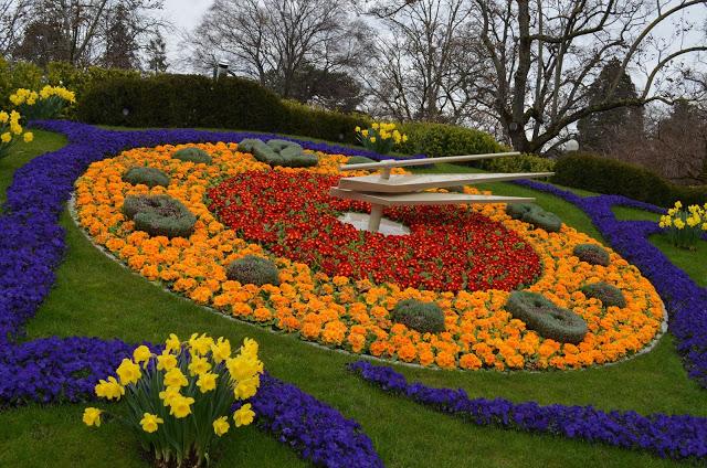 Jardim inglês e o Relógio de Flores de Genebra