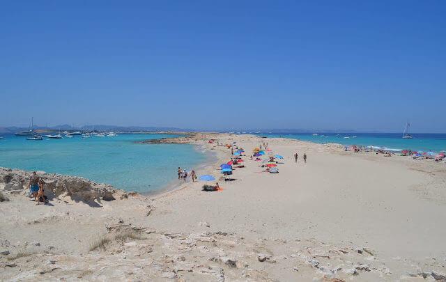Praia de Ilhetas, a praia mais bonita da Espanha