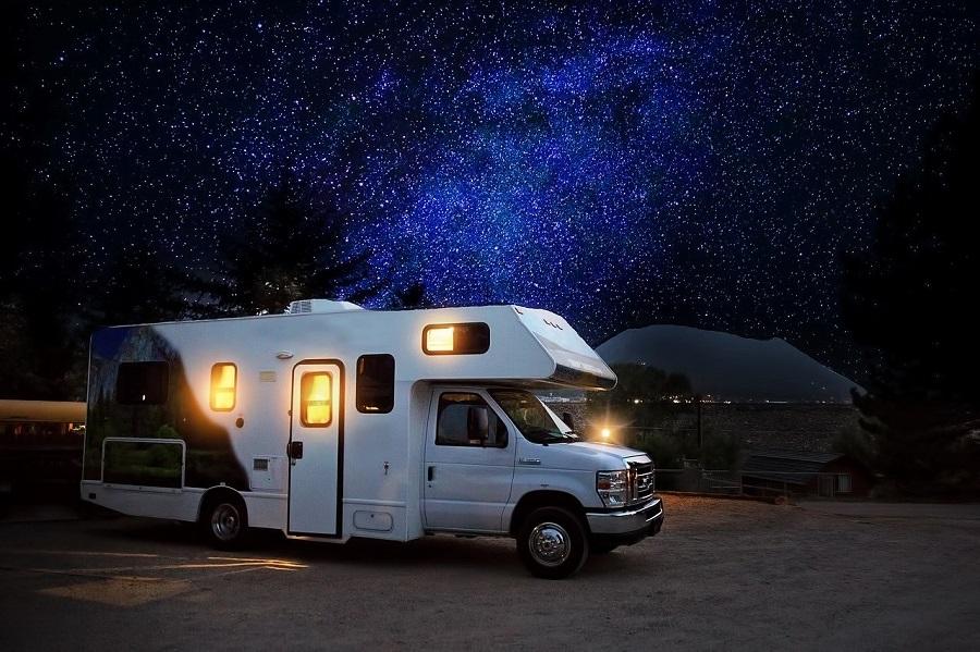 9799a97a5ee6ba Diferenças entre motorhome e trailer