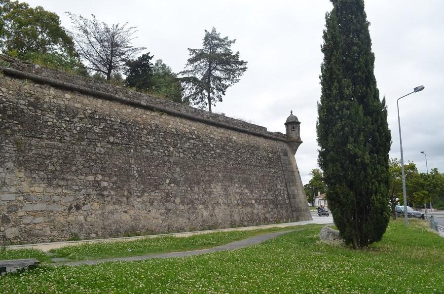 Muralhas de Évora