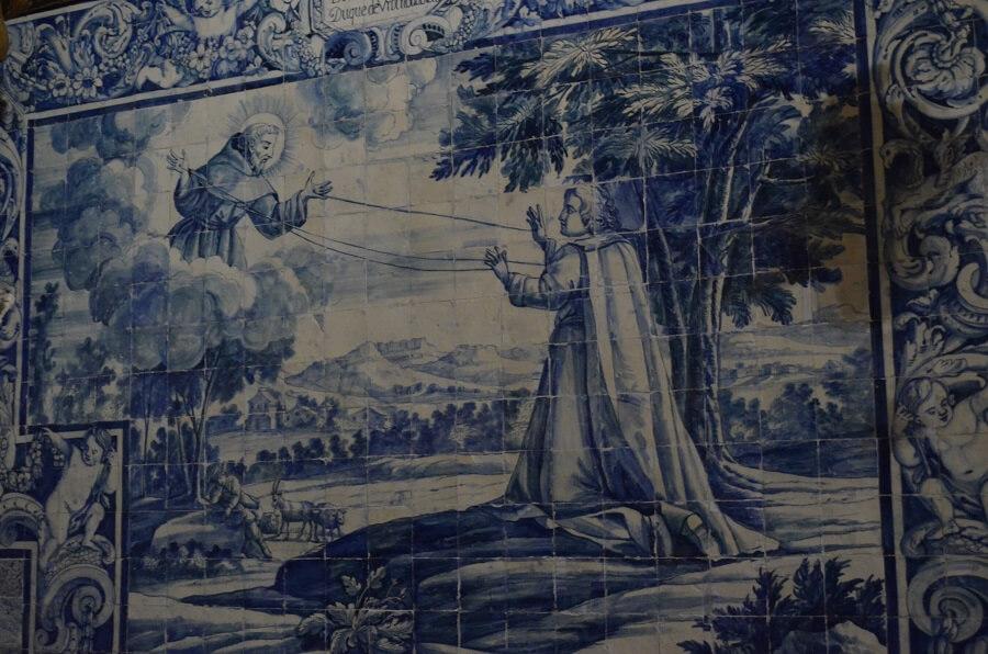 O que fazer em Évora e quais são sua principais atrações?