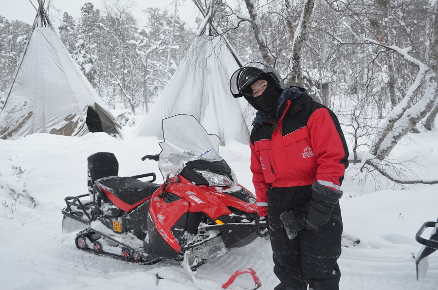 Lapônia Finlandesa Moto de Neve