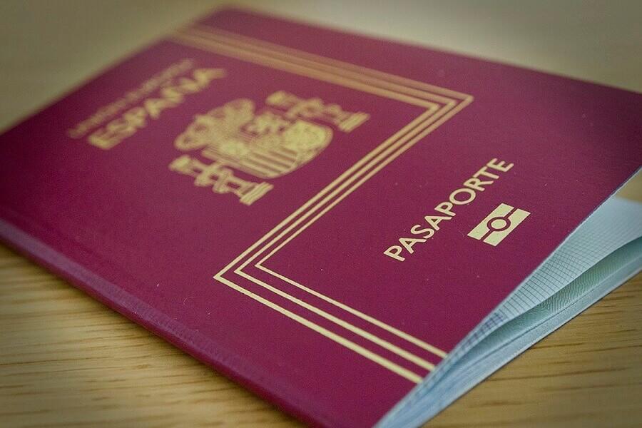 la ciudadanía española a los nietos y bisnietos de españoles
