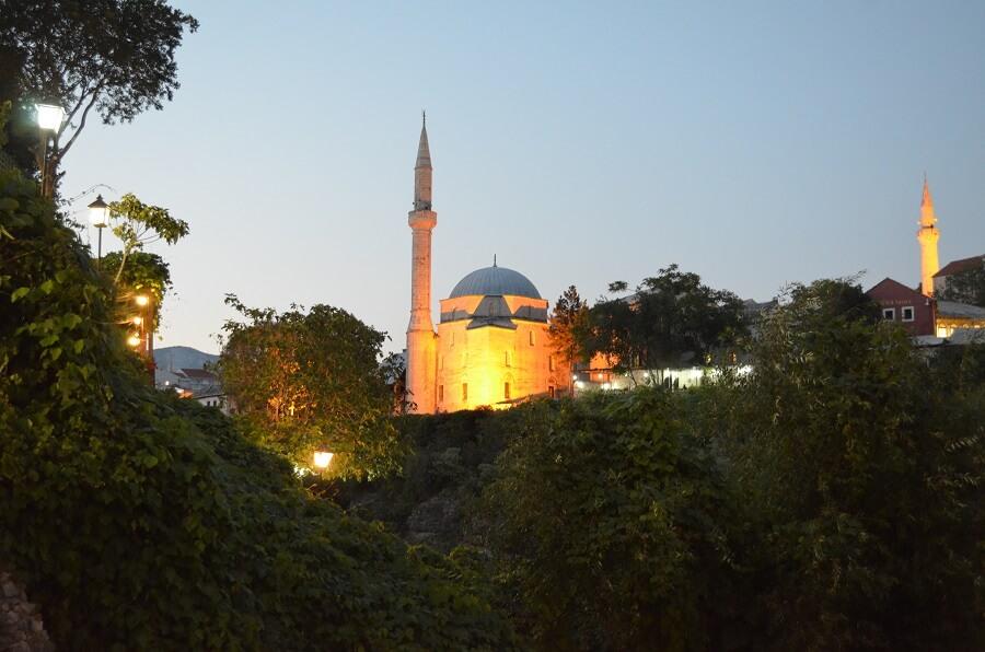 Mesquita Karađoz Bey (Karađoz Bey Mosque)