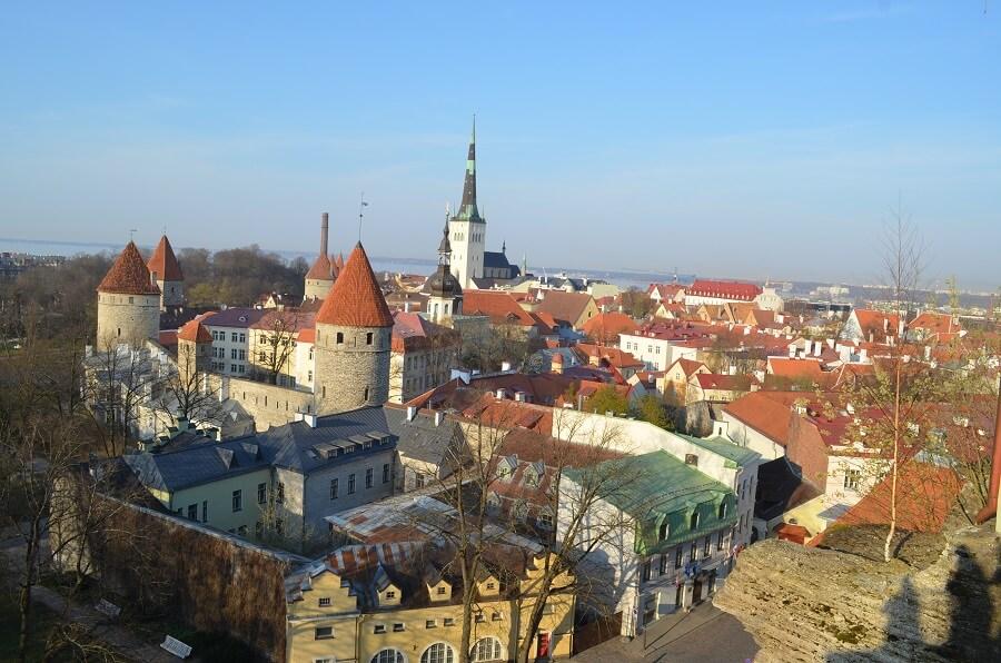 missä yöpyä Tallinnassa