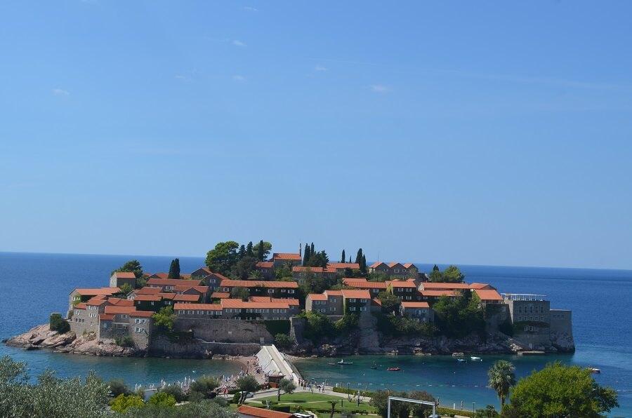 Sveti Stefan, playas y la antigua ciudad medieval de Montenegro