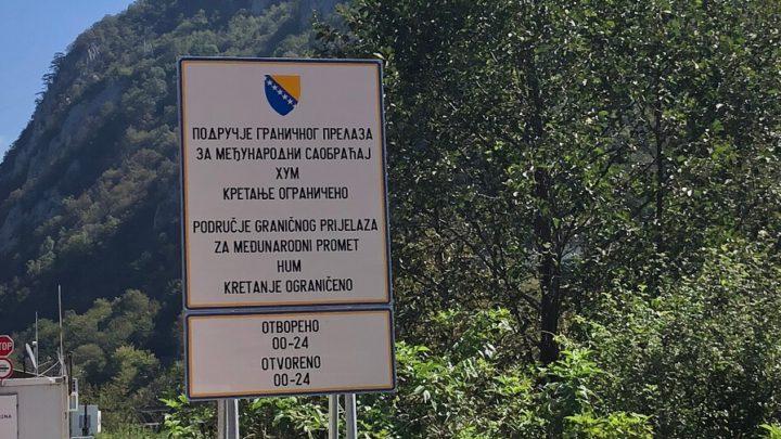 Cruzar a fronteira entre a Bósnia e Herzegovina e Montenegro de carro