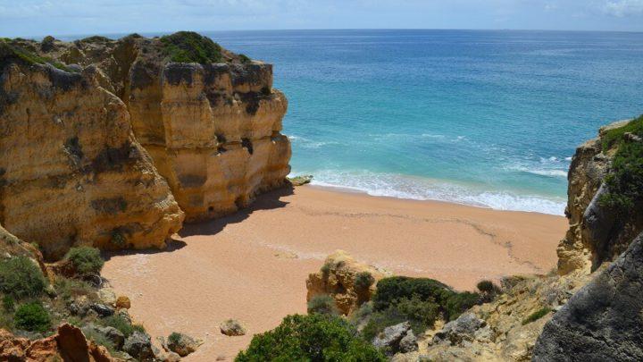 Albufeira, uma cidade da costa do Algarve